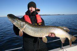 Eine Woche Hechtfischen, dann wieder Eis